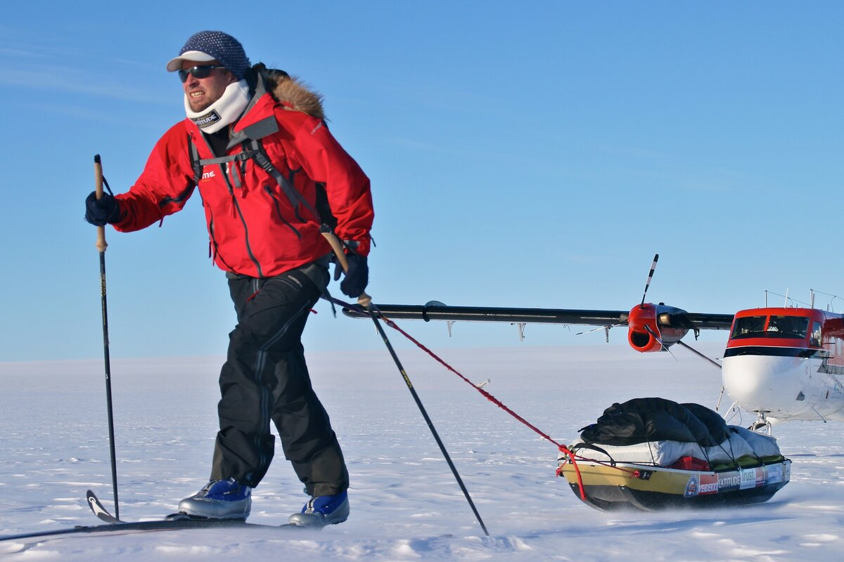 Christian begins his record-breaking solo, unsupported expedition