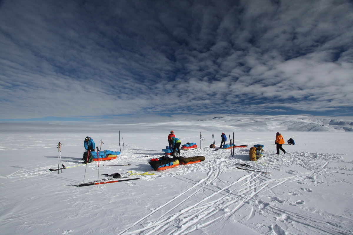 Taking a break at 9200 ft on the polar plateau