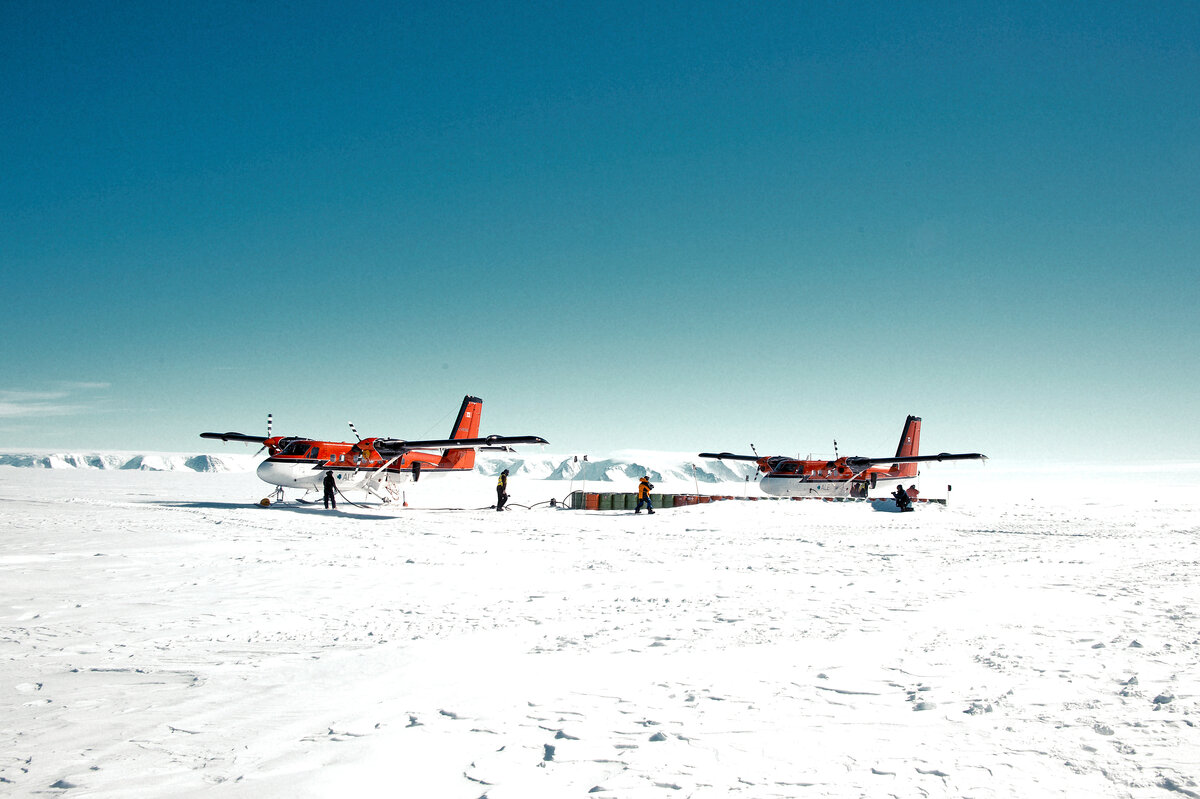 Two Twin Otters at Thiel Mountains fuel cache