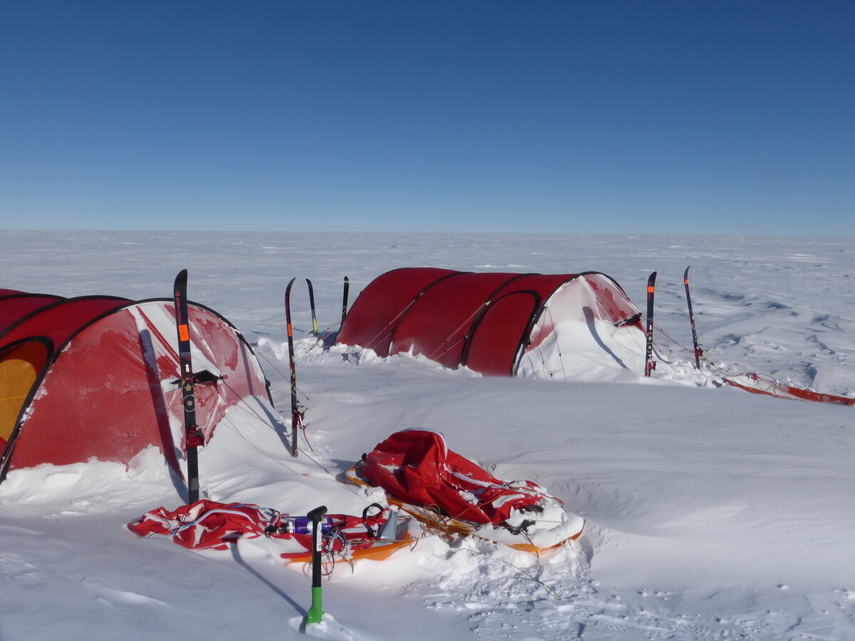 Ski Last Degree expedition field camp